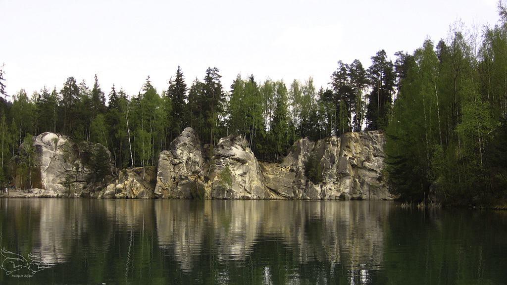 Jezioro w Skalnym Miescie