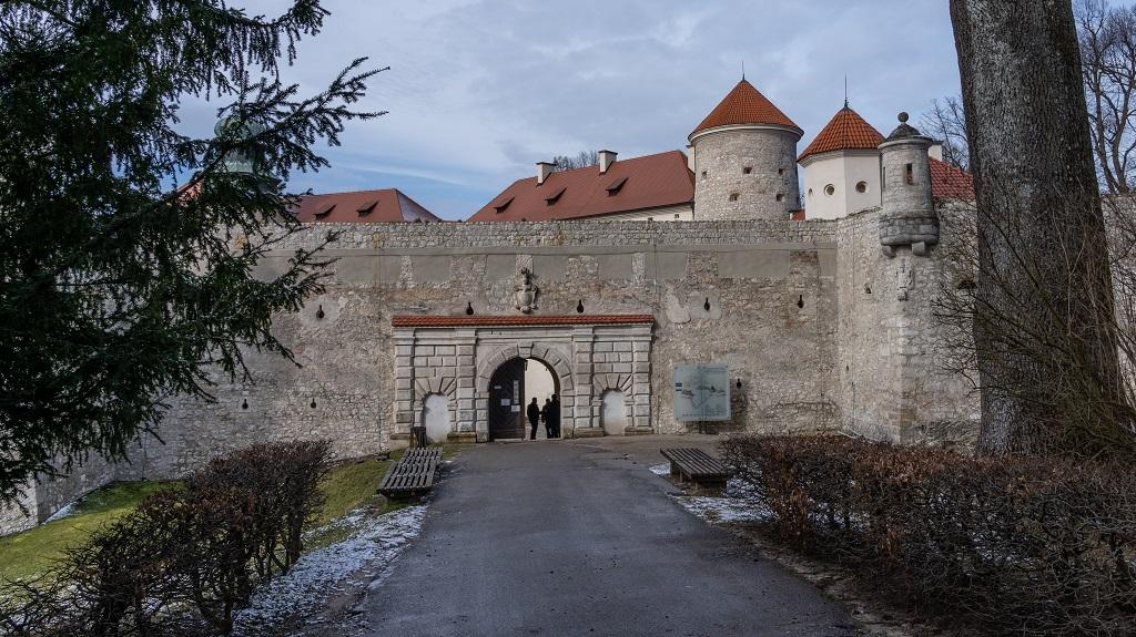 maczuga herkulesa zamek