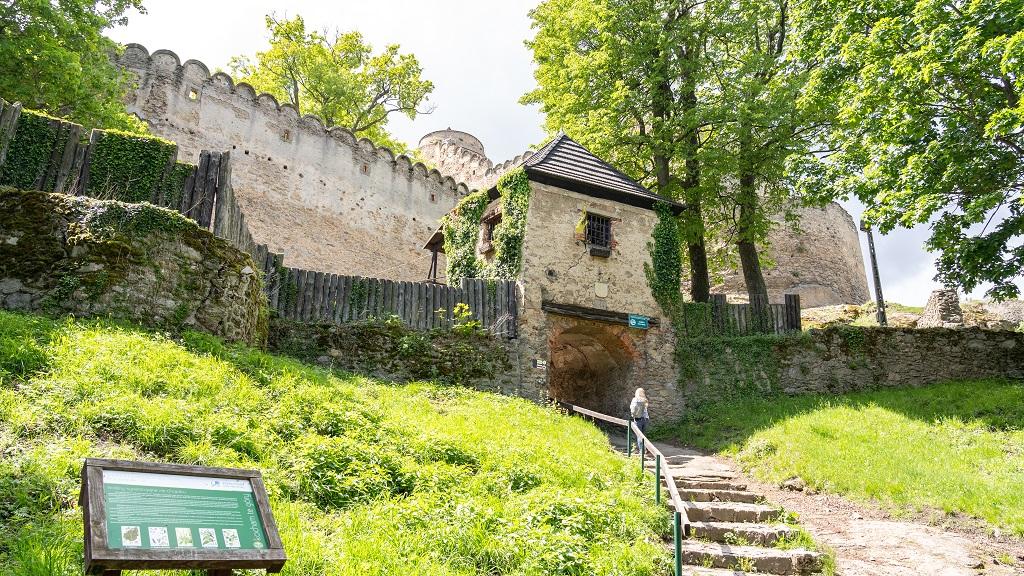 Zamek Chojnik - zwiedzanie