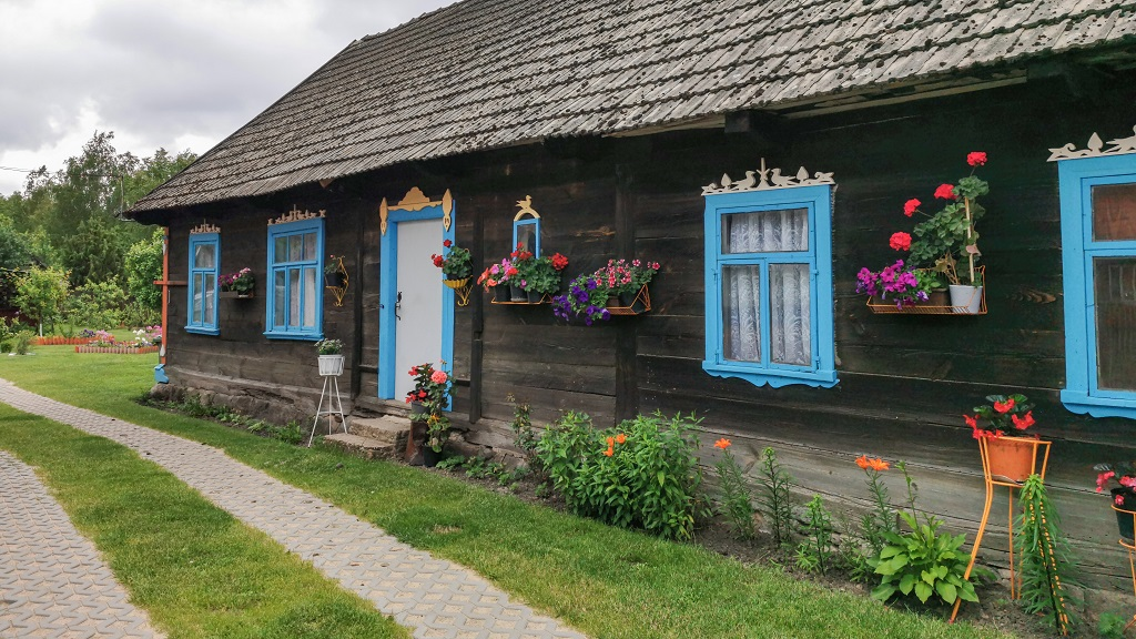 Kraina otwartych okiennic na Podlasiu