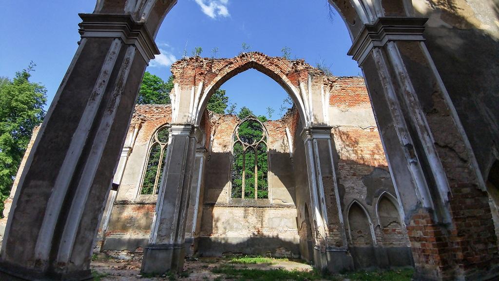 ruiny kosciola na Podlasiu
