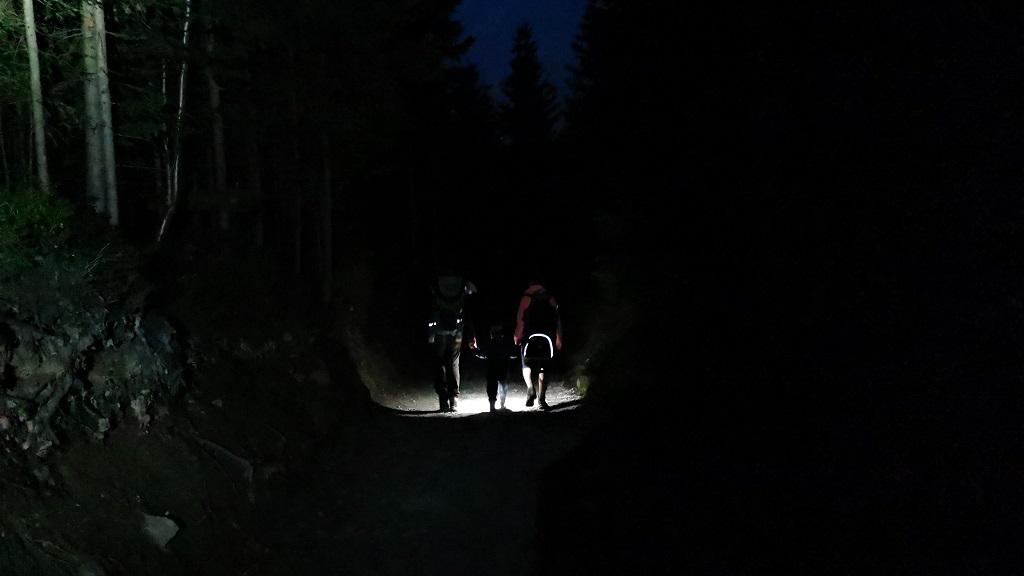rusinowa polana szlak wieczorem